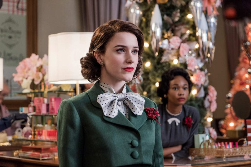 معرفی سریال خانم میزل شگفتانگیز (The Marvelous Mrs. Maisel) | داستان، بازیگران و تاریخ انتشار فصل جدید